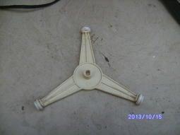 【專業二手微波爐玻璃盤、轉盤大賣場】Y型旋轉環--楕圓型中心孔-10cm【瘋狂雜貨店】