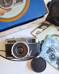 盒裝 稀少 yashica half 17 半格底片古董相機