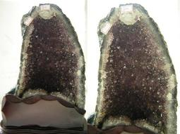 【采鑫坊】天然紫水晶洞(紫晶洞)~高37公分《自取免運費.免郵資》帶鈦晶共生贈特製底座~
