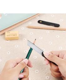 辦公室家用迷你小號摺疊美工刀裁剪紙工具小學生剪膠帶剪紙小刀片 009-00240