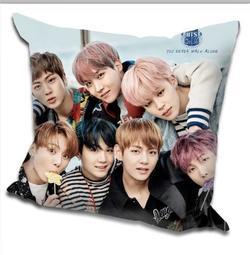 現貨!!BTS 防彈少年團 專輯 周邊 應援 抱枕 枕頭 靠墊 靠枕,40x40cm,緞紋布,色彩鮮豔,印製精美,F款
