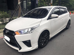 Toyota 豐田 Yaris 大鴨 Sport版 2017年出廠 精品套件 原版件  已售出!