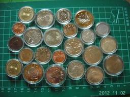 新進26mm.27mm.32mm.38mm共1100個)裝台灣紀念幣、流通幣的保護盒 (18mm~40mm) 每個4元起