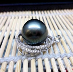 香港制~天然黑色南洋珠珠珍珠鑽墜13.28mm~附中鼎鑑定書~母親節特價~另有戒指