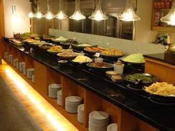 【Rock的家】春天素食餐廳 自助午餐 或 晚餐吃到飽 假日不加價 下午茶 320台中可面交