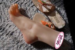 【福滿來】足交 飛機杯 37碼 女腳 絲襪 模型 足模 腳模 仿真 倒模 舔腳 戀足癖 自慰器 情趣 用品 道具AWCA