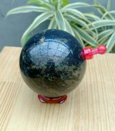 天然原礦原石 西藏鎳鐵隕石天鐵圓球擺件,磁場超強可吸磁鐵,像本土龍紋石的紋路,西藏天鐵可護身,趨吉,避凶,化煞,鎮宅