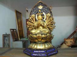 【義賣品】 鎏金銅像千手千眼觀世音菩薩佛像