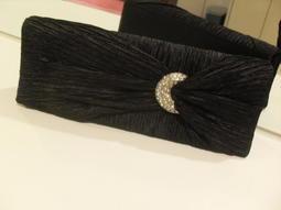 (F3-1) ) 黑色側包--單價$100元,任選5件$300元