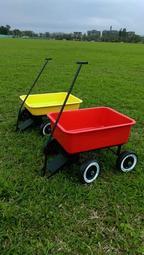 復古鐵皮玩具拖車,深桶2800元radio flyer可參考