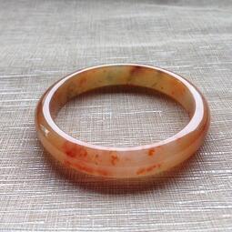 天然緬甸玉A貨-冰糯紅翡玉鐲(附亞瑟證書) 寬10.4mm 厚6.6mm 內徑54.4mm約17.3圍 天然無燒紅翡,質